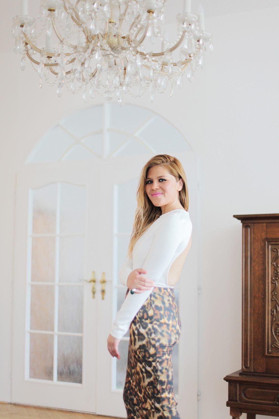 http://www.withoutlipstick.com/fashion-blogger-uk/